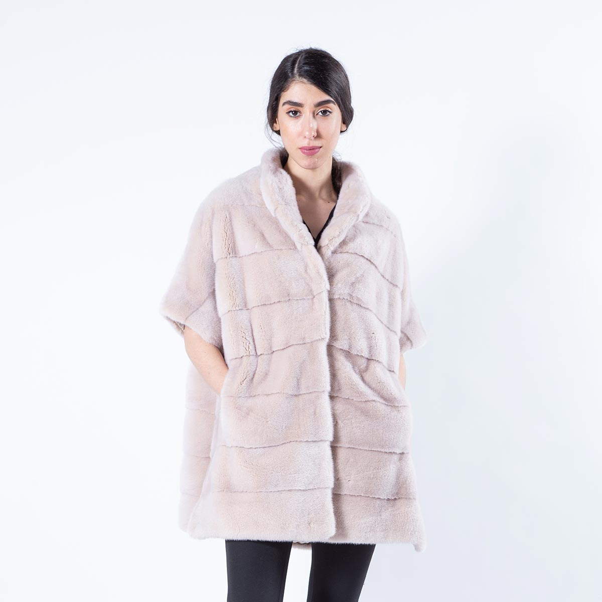 Ivory Mink Fur Cape | Кейп из меха норки цвета «слоновая кость» - Sarigianni Furs