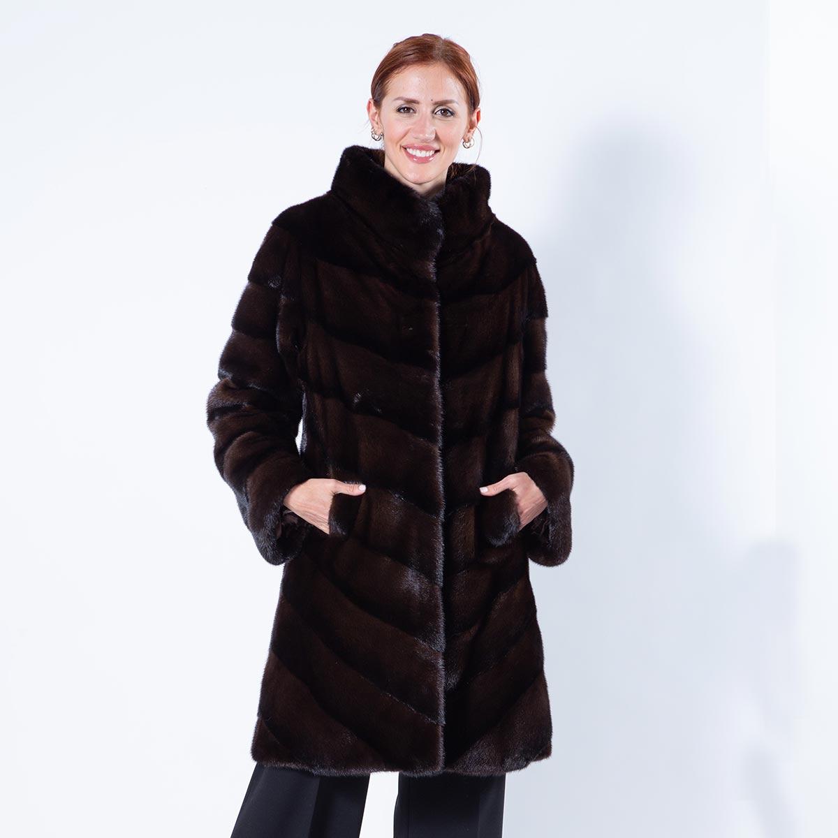 Latin Mahogany Mink Cape with stand collar | Кейп Latin из норки цвета «махагон» - Sarigianni Furs